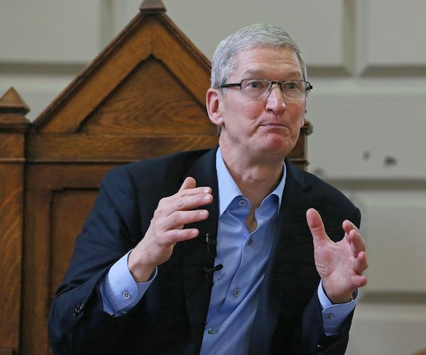 Apple CEO Tim.jpg